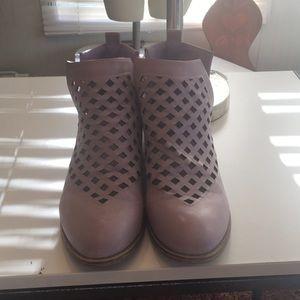 JG lavender boot heels size 8 1/2